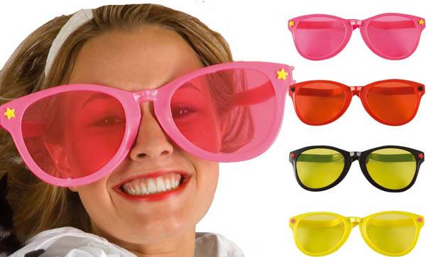 2926b1840b12d8 lunettes geantes   soirée à deux ou entre amis dans une ambiance et ...