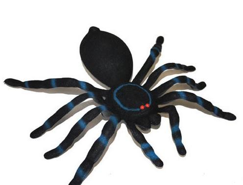 Image Araignée Halloween deco halloween grosse araignee bleue 17cm : soirée à deux ou entre