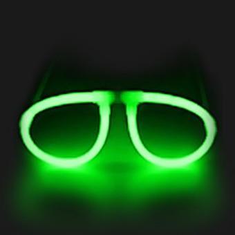 lunette verte fluo   soirée à deux ou entre amis dans une ambiance ... a72fd35c501